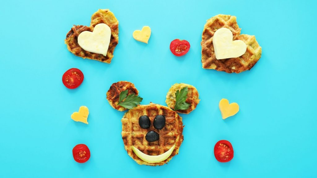edible waffle craft faces